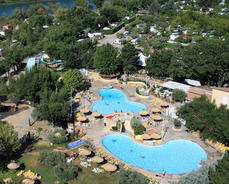 Camping l 39 hippocampe volonne club affaires 04 for Camping mercantour piscine
